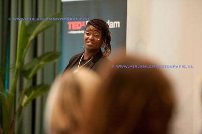 07-tedx ladies watermerk- 28-09-17-07-mirjamlemsfotografie TedXRotterdam- 28-09-17-_DSC9675
