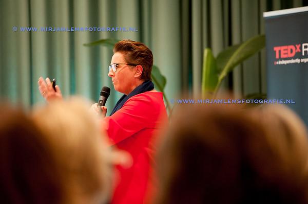 13-tedx ladies watermerk- 28-09-17-13-mirjamlemsfotografie TedXRotterdam- 28-09-17-_DSC9689
