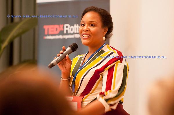 01-tedx ladies watermerk- 28-09-17-01-mirjamlemsfotografie TedXRotterdam- 28-09-17-_DSC9657
