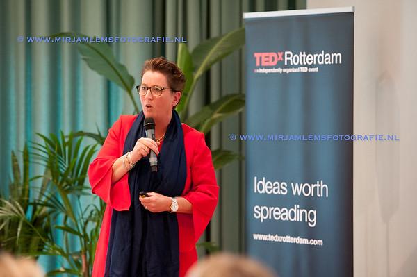 15-tedx ladies watermerk- 28-09-17-15-mirjamlemsfotografie TedXRotterdam- 28-09-17-_DSC9692