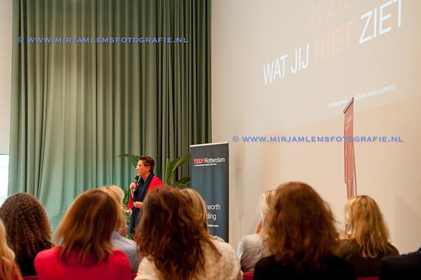 10-tedx ladies watermerk- 28-09-17-10-mirjamlemsfotografie TedXRotterdam- 28-09-17-DSC_2595