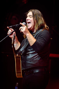 Alan Doyle Performs in Toronto