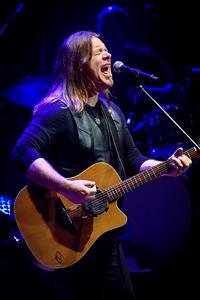 Alan Doyle Performs in Toronto