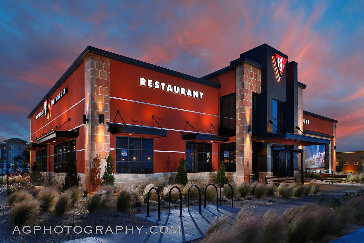 BJ's Restaurant, Victorville, CA, 5/24/16.