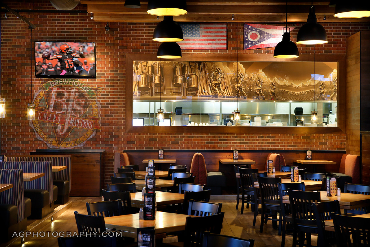 BJ's Restaurant & Brewhouse, North Olmstead, OH, 1/26/16.