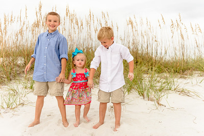 Treasure Island FL Bilmar Beach Resort Beach Family Portraits by St Petersburg Photographer Kristen Sloan