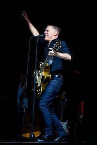 Bryan Adams Perform in Toronto