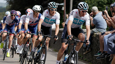 Tour of Britain 2018 - Stage 1, Pembrey to Newport. Peloton: 172 Chris Froome (Team Sky), 171 Geraint Thomas (Team Sky), 161 Ben Swift (Great Britain-GBR).