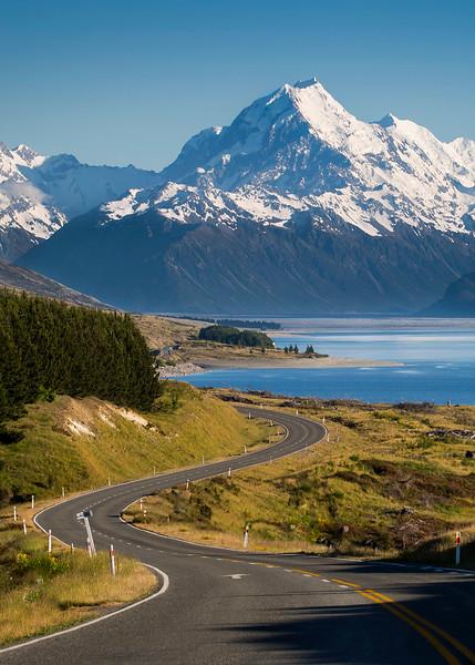 The road to Aoraki/Mt Cook - New Zealand