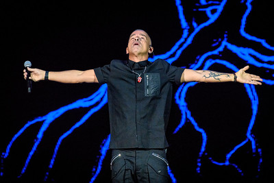 Eros Ramazzotti Performs in Toronto