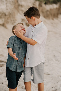 St Pete Beach Family Portraits at Fort Desoto Beach