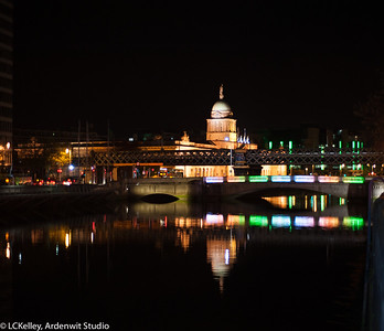 Night over River Liffey, Dublin (Custom House)