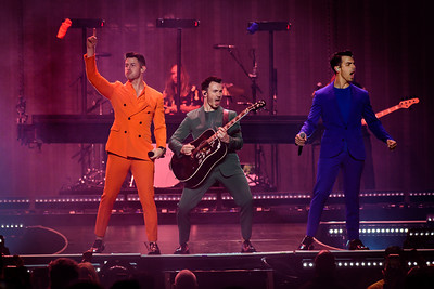 Jonas Brothers Perform in Toronto, Canada