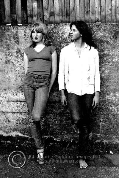 Lois and her sister 1981