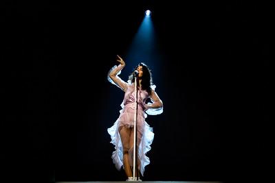 Marina Performs in Toronto