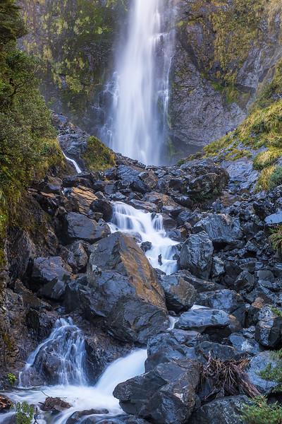 Devils Punchbowl Falls