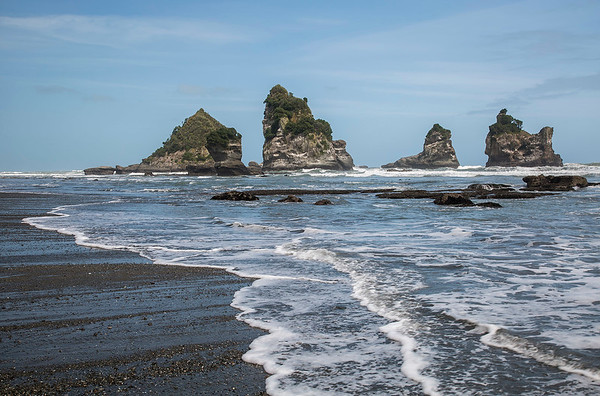 Motukiekie Beach - West Coast