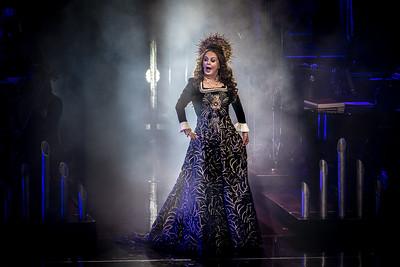 Sarah Brightman Performs in Toronto