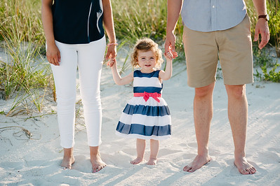 Sunset Vistas Treasure Island Family Beach Portraits in Navy, White and Pink