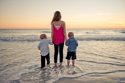 TradeWinds Island Resort Family Beach Portraits by Treasure Island FL Photographer Kristen Sloan