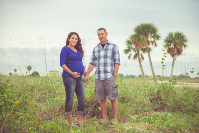 Treasure Island FL St Pete Beach Tradewinds Island Resort Couples Preganancy Portraits by St Petersburg Photographer Kristen Sloan
