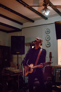 Andy White at the Nag's Head