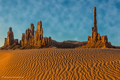 Morning light on the Totem Pole in Monument Valley