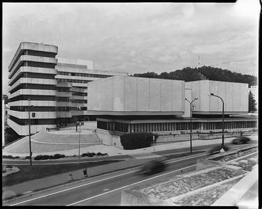 Magyar Géza: Dornyai Béla Múzeum (1966) és Városháza (1974)