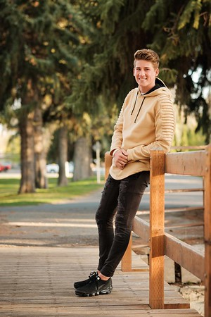 Trevin Facer Idaho Falls Tigers Senior Pictures
