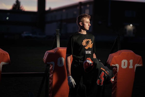 Isaac Blake Idaho Falls Tigers Senior Pictures
