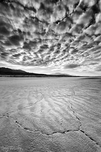 Badwater Basin sunrise, Death Valley Nat'l Park, CA