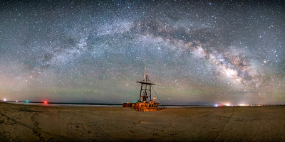 Milky Way Arc and Shipwreck