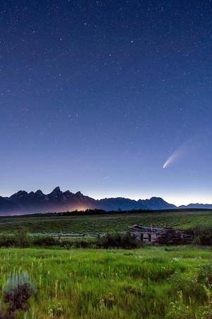 Cabins & Comets