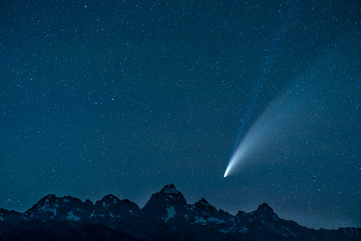 Neowise over the Tetons
