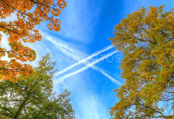Autumn Vapour Trails