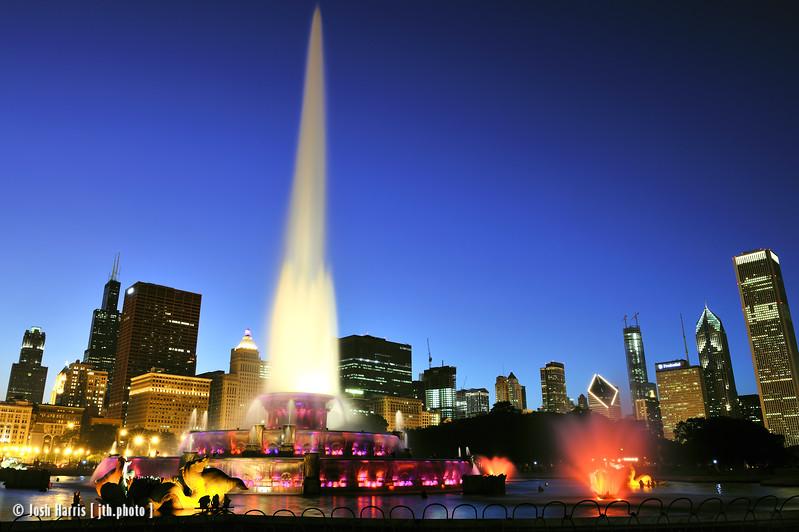 Buckingham Fountain, Grant Park, Chicago, September 2008.