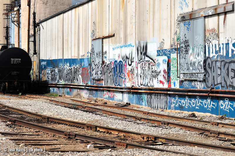 Tracks off Mission Road, Los Angeles, May 2008.