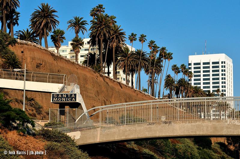 Pedestrian bridge over Pacific Coast Highway at California Avenue, Santa Monica, June 2008.