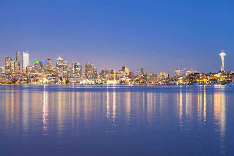 Union Lake and Downtown Seattle skyline at night