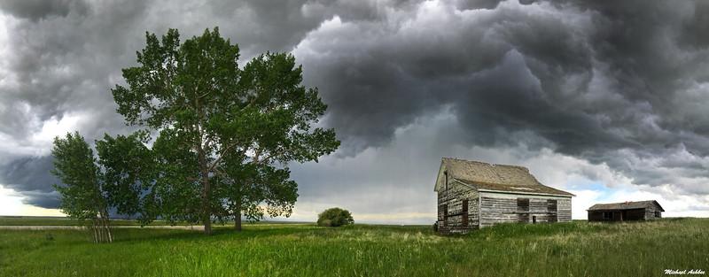 Alberta thunderstorm near Vulcan,AB