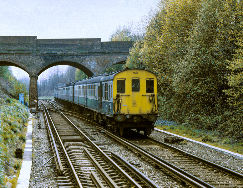 Hastings Unit Class 202 No.1011 on the last day of service of the class on Charing Cross to Hastings workings <br /> <br /> Battle <br /> <br /> 11 May 1986