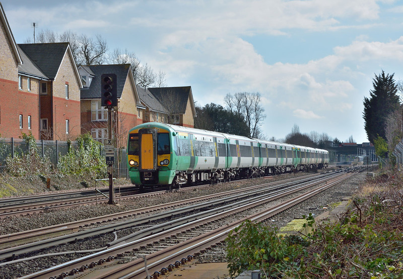Southern Electrostar No.377463  passes Horley with 1C47 the 12.37 service from  Barnham and Chichester to London Victoria<br /> <br /> 7 March 2018