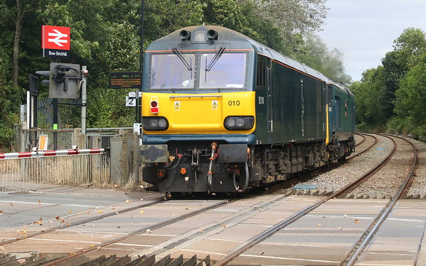11 August 2018. Having earlier deposited 92028 at Wembley, 50008 Thunderer returned to Brush with 92010. The pair are seen passing through Bow Brickhill with 0Z82 1353 Wembley - Loughborough Brush. With 92010 entering Brush for her CAF/Dellner mods only 92043 of the active fleet remains in service awaiting the call to Brush.