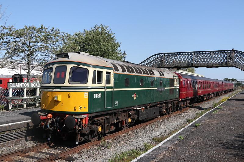 D6515 (33012) Quainton Road 25 August 2019.