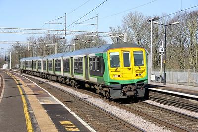 24 February 2018. 319441 runs ECS through Wolverton as the 5F23 1238 Northampton EMD - Watford Junction.