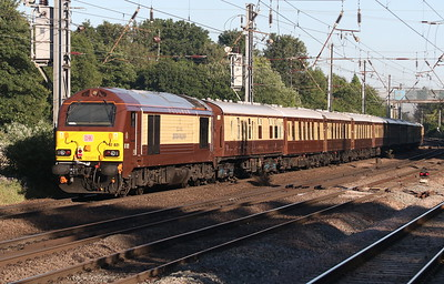 25 June 2018. Pullman luxury as 67021 dodges the evening shadows at Hitchin on the rear of the 1831 Cambridge - King's Cross.