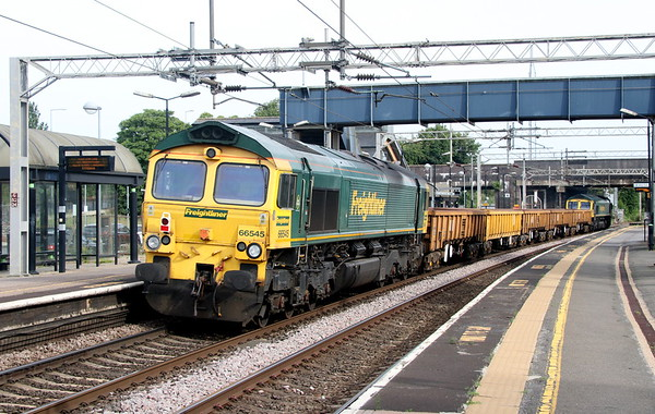 23 June 2018. 6Y50 is caught about to pass under Stratford Road bridge with 66545 tailing.