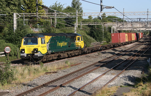 29 June 2018. One of the ever decreasing number of operational  Freightliner class 70's, 70014 passes Castlethorpe with the 4M56 1257 London Gateway -Garston.