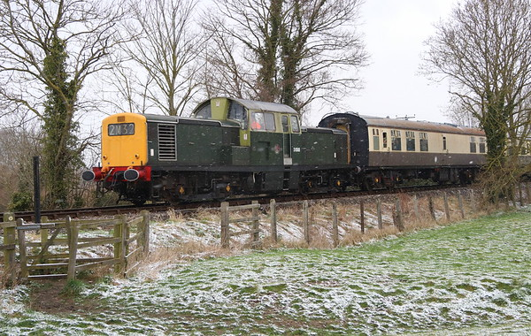 17 March 2018. The unique class 17 Clayton D8568 battles through the falling snow during the Chinnor Diesel gala working the 1C44 1225 Princes Risborough - Chinnor.
