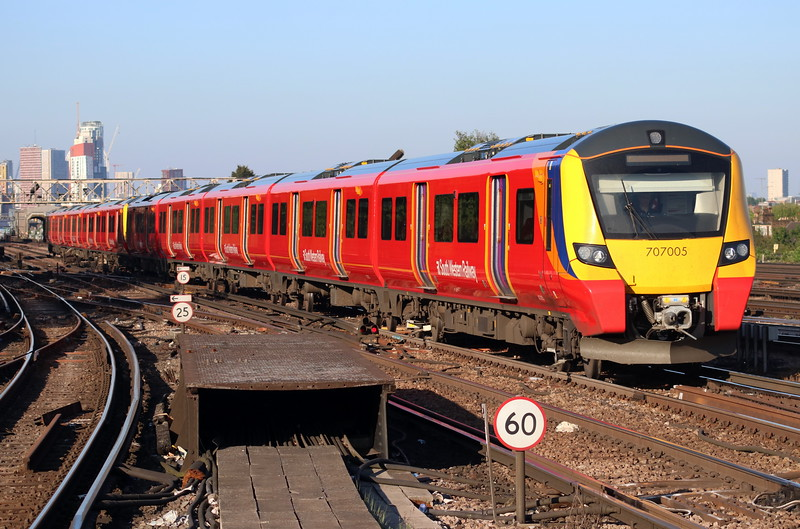 5 May 2018. 707005 + 707009 arrive at Clapham Junction with the 2R53 1815 Waterloo - Waterloo via Richmond.